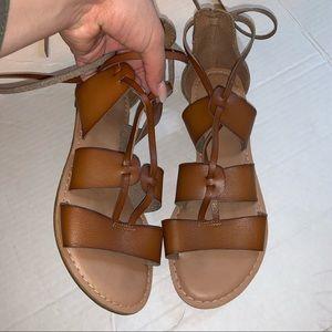 Brown sandals 7